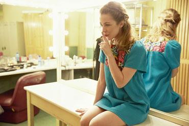 La actriz #silviaabascal y un verano de moda con #hossintropia