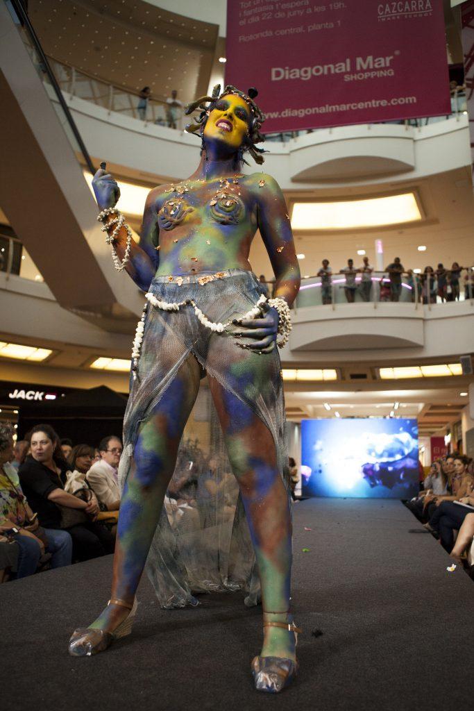 Cazcarra Crea 2017 - maquillaje corporal