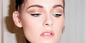Eyeliner blanco, el maquillaje más inesperado del verano