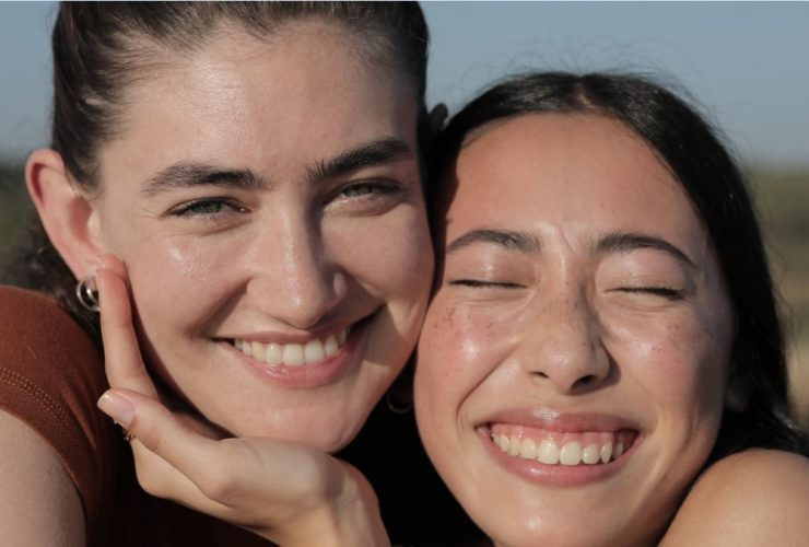 los efectos positivos del contacto humano en la salud de la piel 2 full